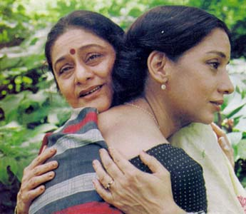 asha bhosle and lata mangeshkar relationship goals